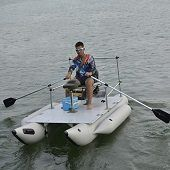 Best 5 Inflatable (Blow Up) Pontoon Boats In 2021 Reviews